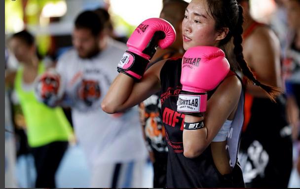 Тайский бокс: возможность не только сформировать красивое тело, но и защитить его изоражения